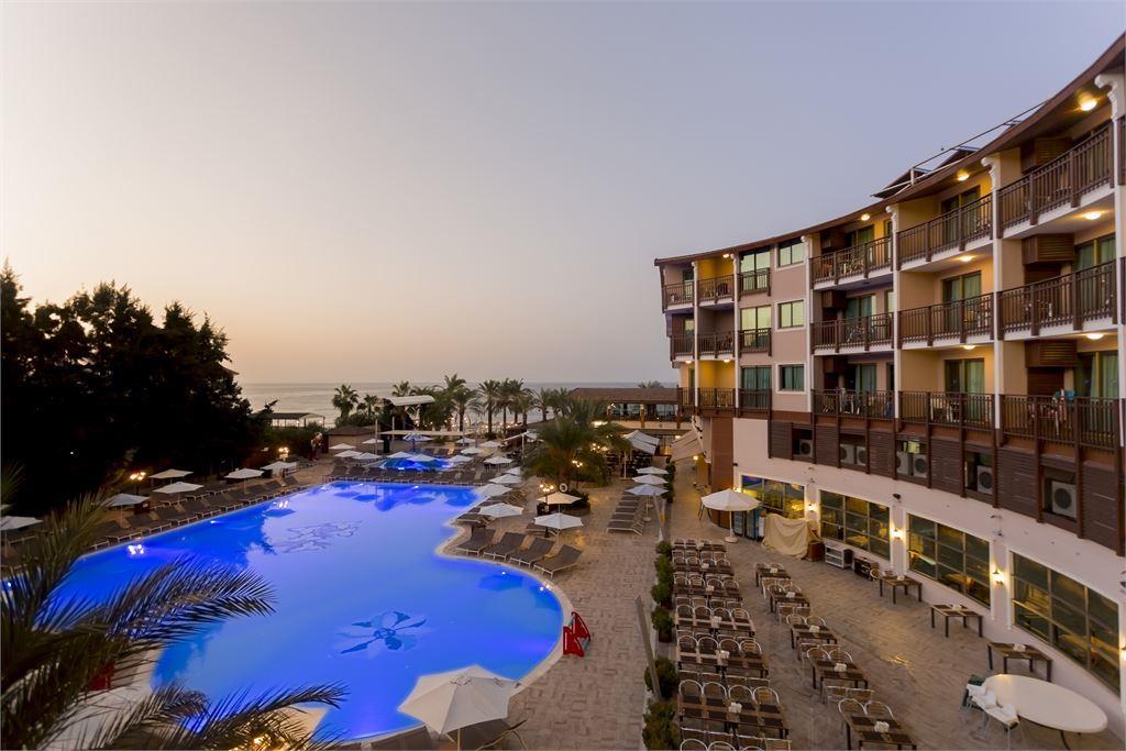CLUB DEM SPA & RESORT HOTEL HV-1