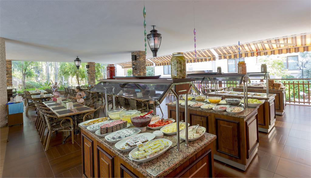 Кухня CLUB DEM SPA & RESORT HOTEL HV-1