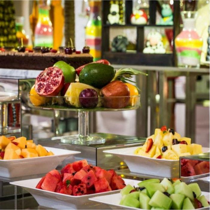 Sheraton Sharjah Beach Resort and Spa рестораны
